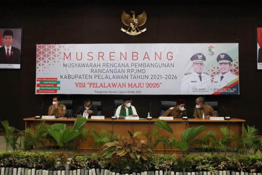 Bupati H. Zukri Harapkan Melalui Rancangan RPJMD Bisa Mensejahterakan Masyarakat Pelalawan