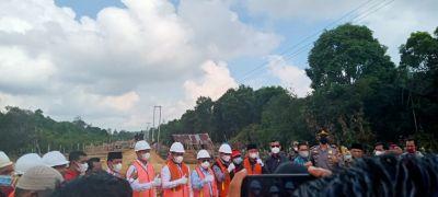 bupati-pelalawan-hadiri-peletakan-tiang-pancang-pertama-pembangunan-jembatan-tambak-sotol